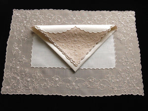 Marghab Marlace Vintage Madeira Linens Placemat Set