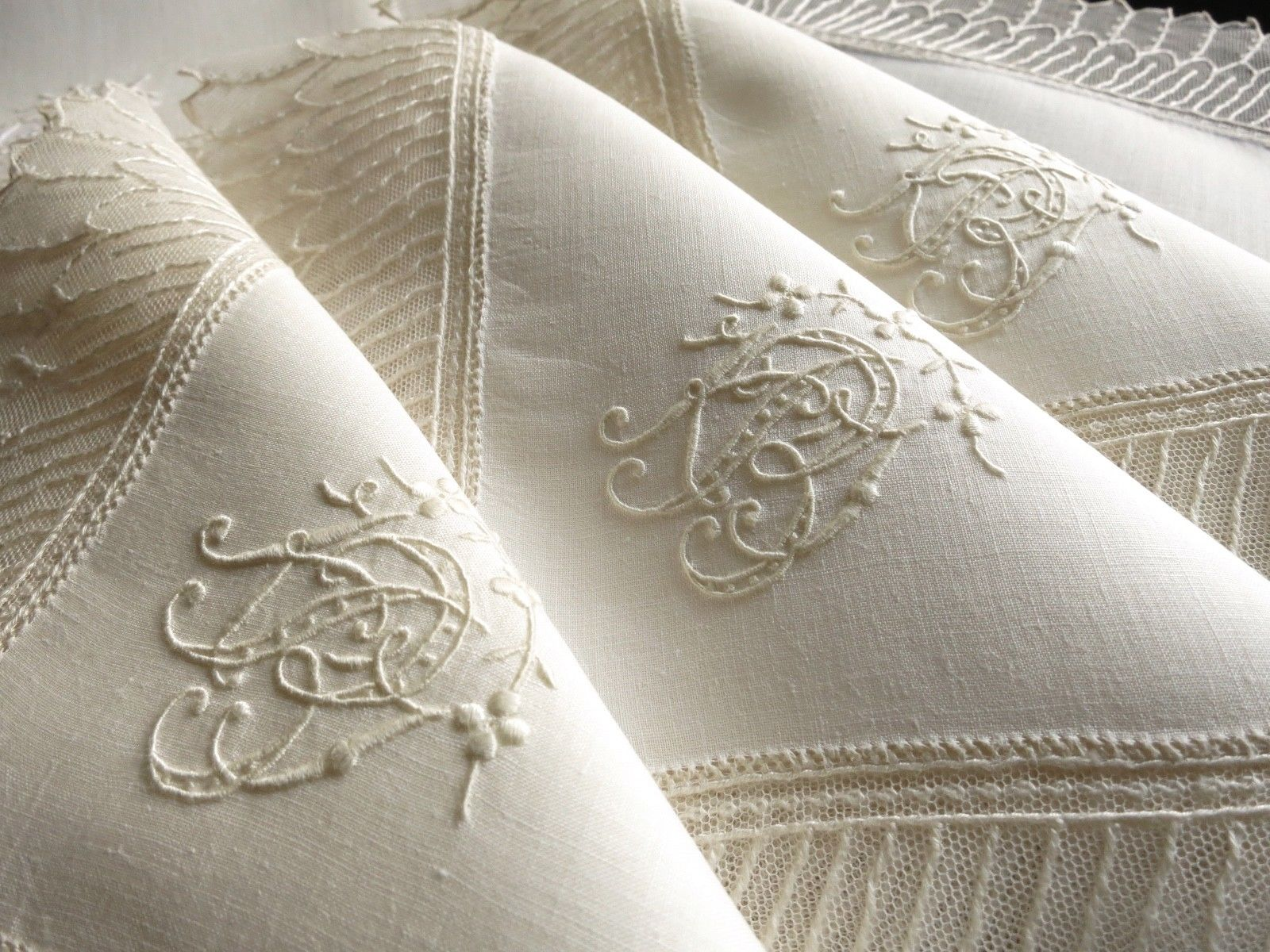 Exquisite Antique Net Lace Linen Napkins Embroidered Monogram Set Things Most Delightful