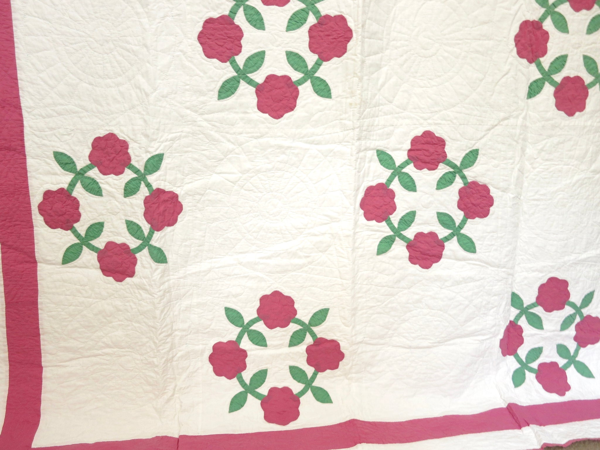Rose Wreaths Vintage Applique Quilt 64 X 76 Inches Things Most Delightful