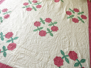 Rose Wreaths Vintage Appliqué Quilt, 64 x 76 inches