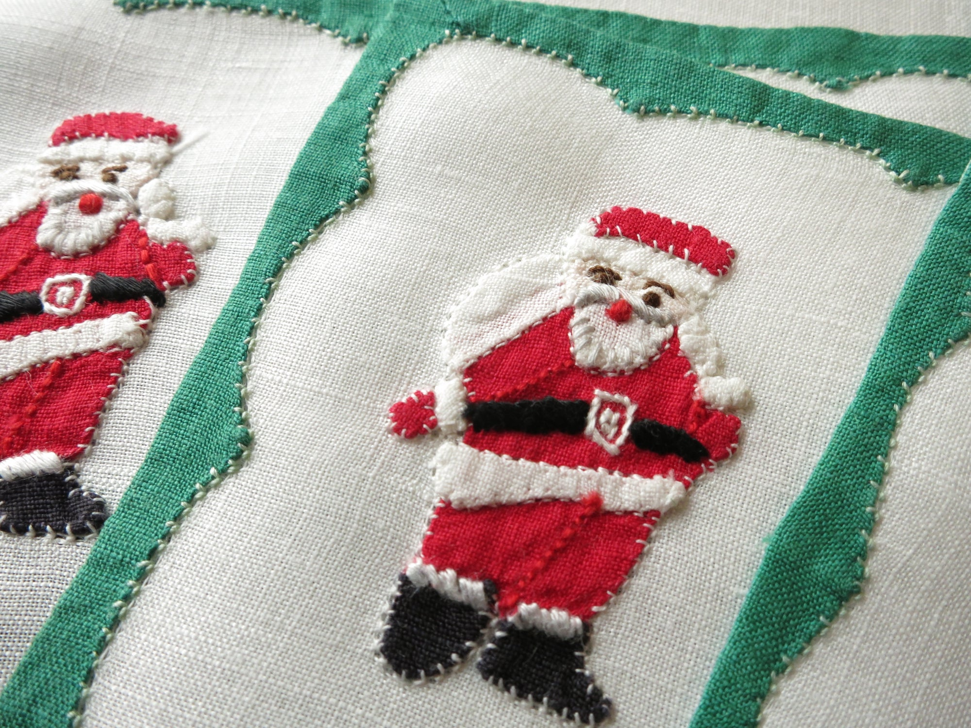 Cute Little Santa Vintage Madeira Christmas Cocktail Napkins  - Set of 6