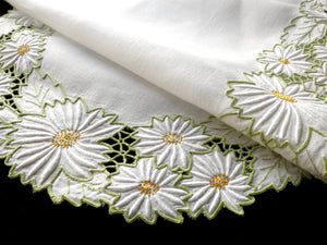 Daisies Vintage Madeira Embroidery Linen Oval Table Runner 17x42""