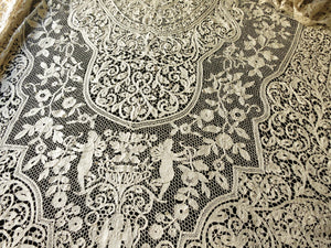 Cherubs, Dancers & Flowers Antique Italian Bobbin Lace Tablecloth 72x126""