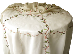 "Peach Tree French Tablecloth w/ 10 Napkins, for 72"" Round Table"