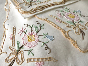 "Flowers & Bows Vintage Madeira Linen 120"" Tablecloth 12 Napkins"