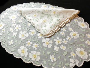 Impressionist Daisies Vintage Madeira Embroidery Organdy Placemat Set - Setting for 8