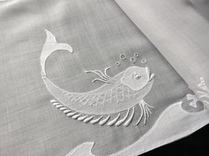 Fish & Coral Vintage Hand Embroidered 6 Placemats & Table Runner
