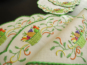 """Fruit Basket"" Vintage Marghab Madeira Embroidery 24pc Placemat Setting for 8"
