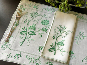 Jacobean Flowers Vintage Italian Linen Placemat Set - Setting for 4