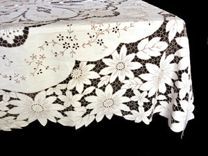 Daisies & More Vintage Madeira Embroidered Tablecloth & 12 Napkins 66 x104""