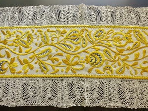 Antique French Embroidered Linen & Lace Table Runner 21x70""