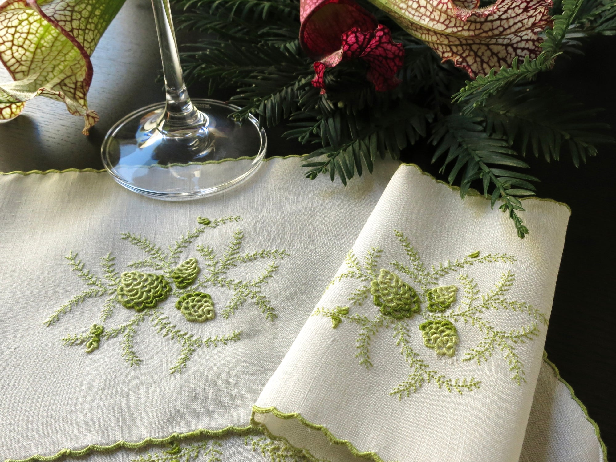 """Pine"" in Green Vintage Marghab Madeira Cocktail Napkins ~ Set of 8"