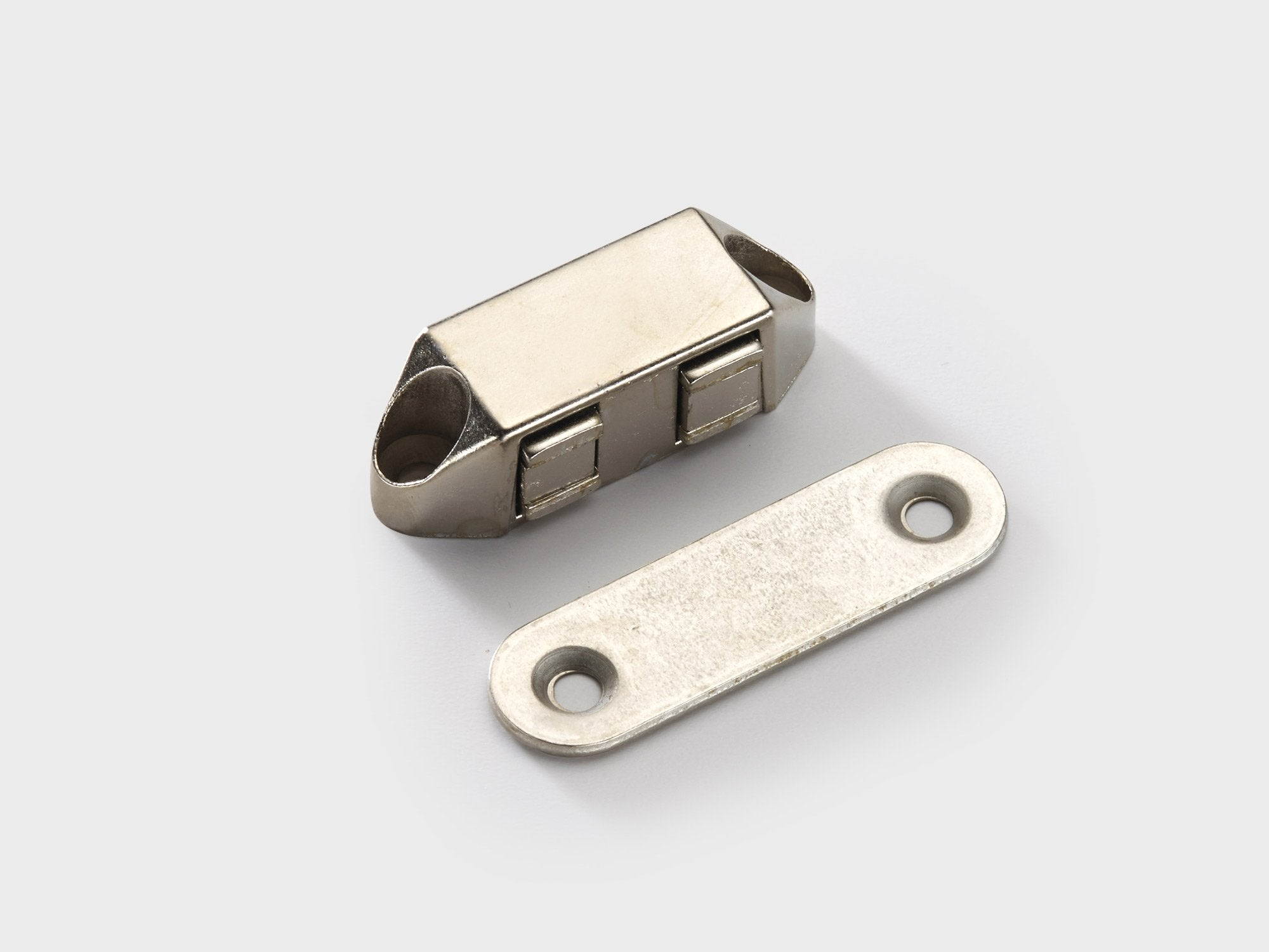 LM5103N MAGNET CATCH - Nickel