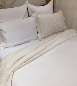 Magnificent Quilt Set in Natural/White Reversible