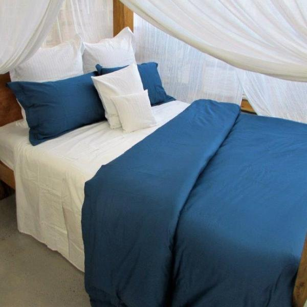 Simple Luxury Quilt Cover Set in Moroccan Blue