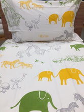 Load image into Gallery viewer, Animal Print Simple Luxury Quilt Set