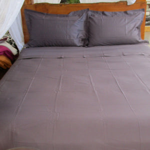 Simple Luxury Sheet Set in Aubergine
