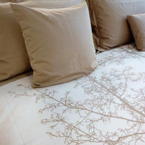 Magnificent Quilt Set in Husk/Natural Silhouette