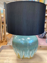 Load image into Gallery viewer, Ivy table Lamp