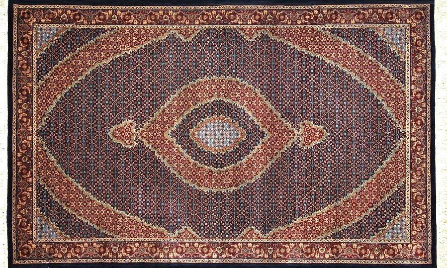 Persian Style Hand-knotted Wool Rug 155x257cm