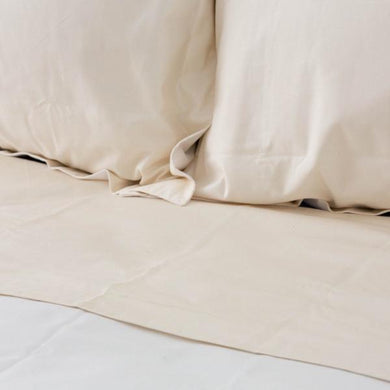 Soft Percale Cot Sheet Set in Natural