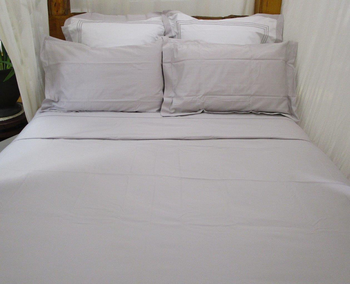 Magnificent Sheet Set In Silver Snow Blessed Earth