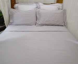 Magnificent Sheet Set in Silver Snow