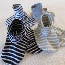 Load image into Gallery viewer, Baby Booties - Jerseys