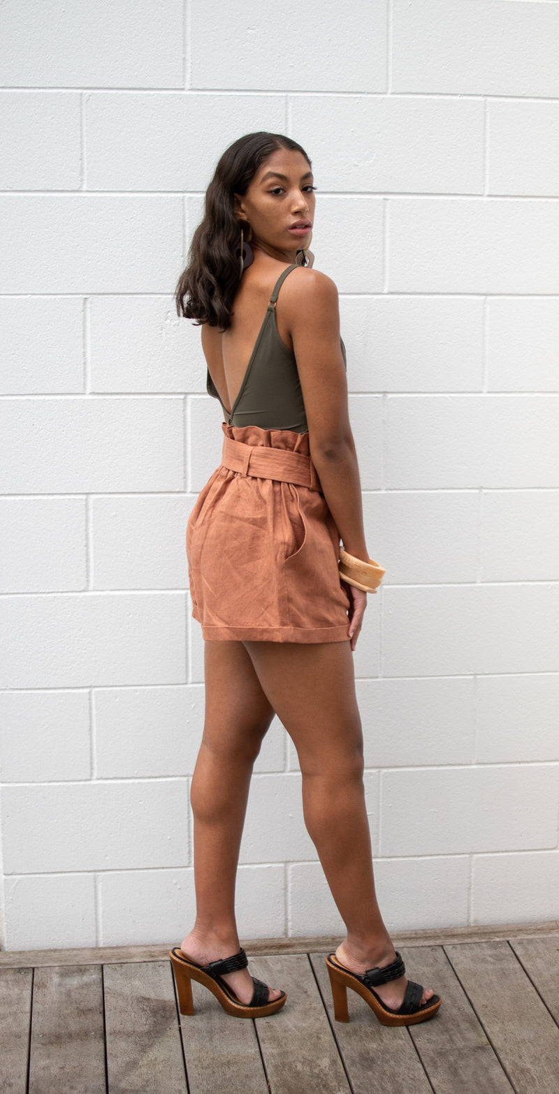 Waihi short in burnt peach