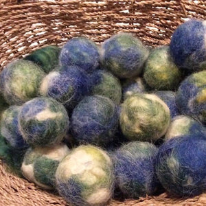 Clean Earth Dryer Balls
