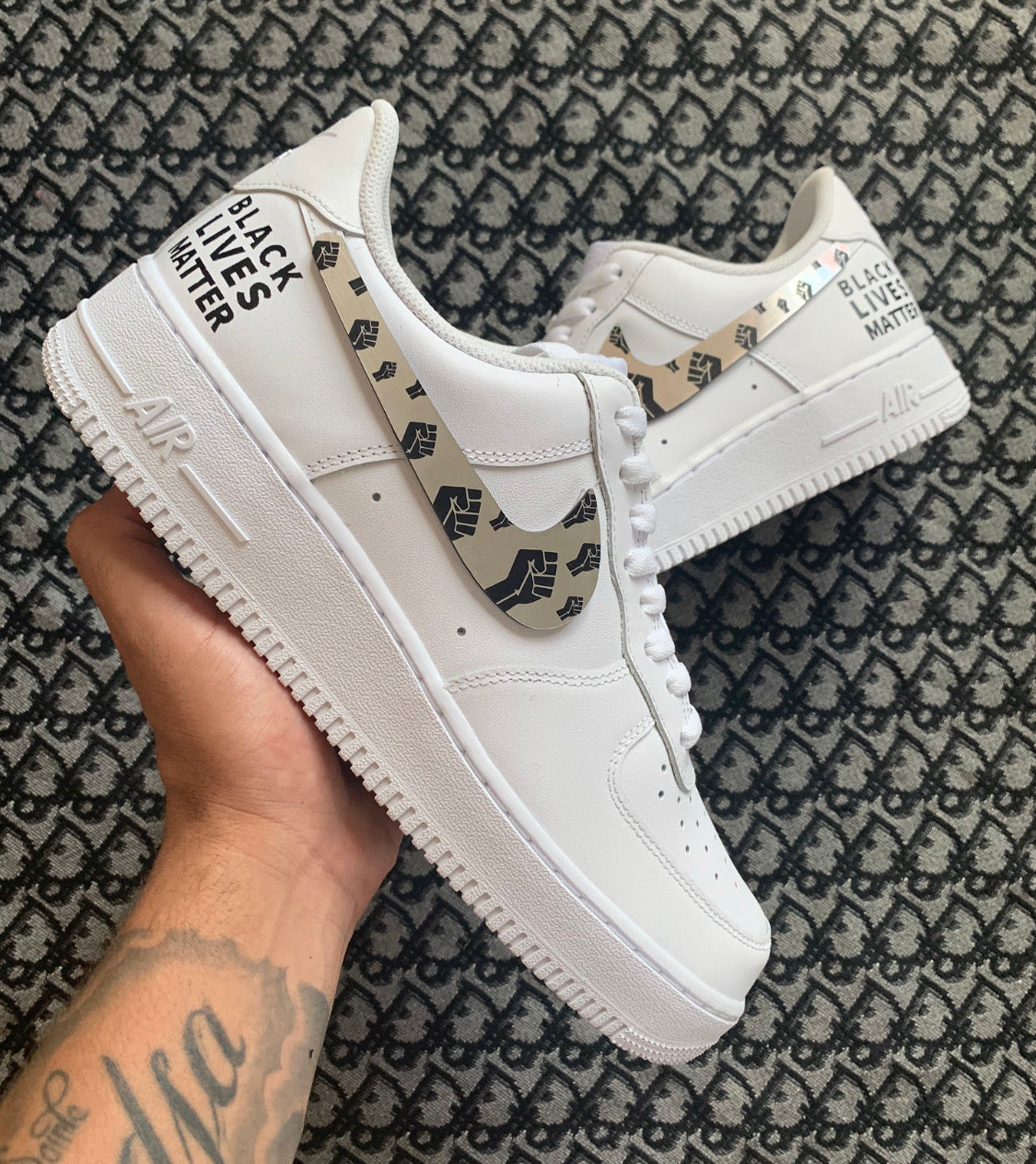 AIR FORCE 1 : BLM BLACK LIVES MATTER