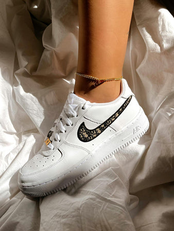 Air force 1 femmes : Christian Deluxe (Stock limité !)