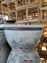 Load image into Gallery viewer, Hand Painted Porcelain Pot