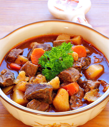 Hungarian Goulash with Kangaroo Meat & Saffron