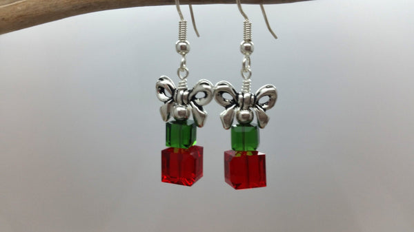 Christmas Present Earrings • Red / Green