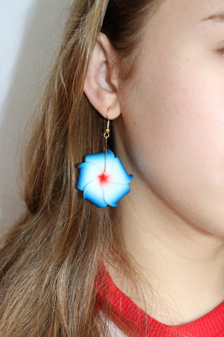Olelo Flower Earrings
