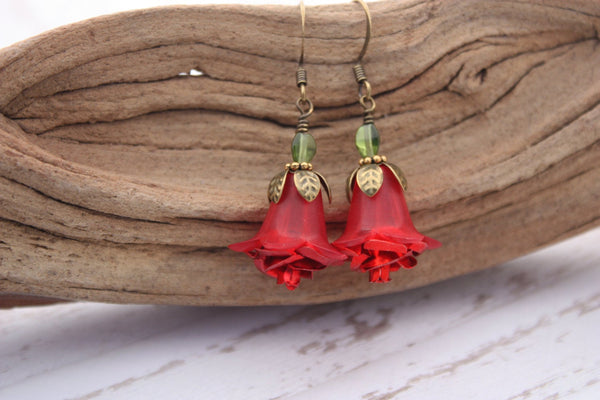 Trumpit Flower Earrings