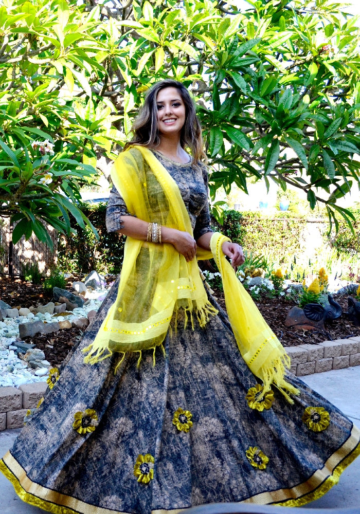 Sunflower-Gopi Skirt Outfit