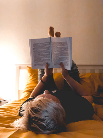 Stop straining your body to read your favorite book.