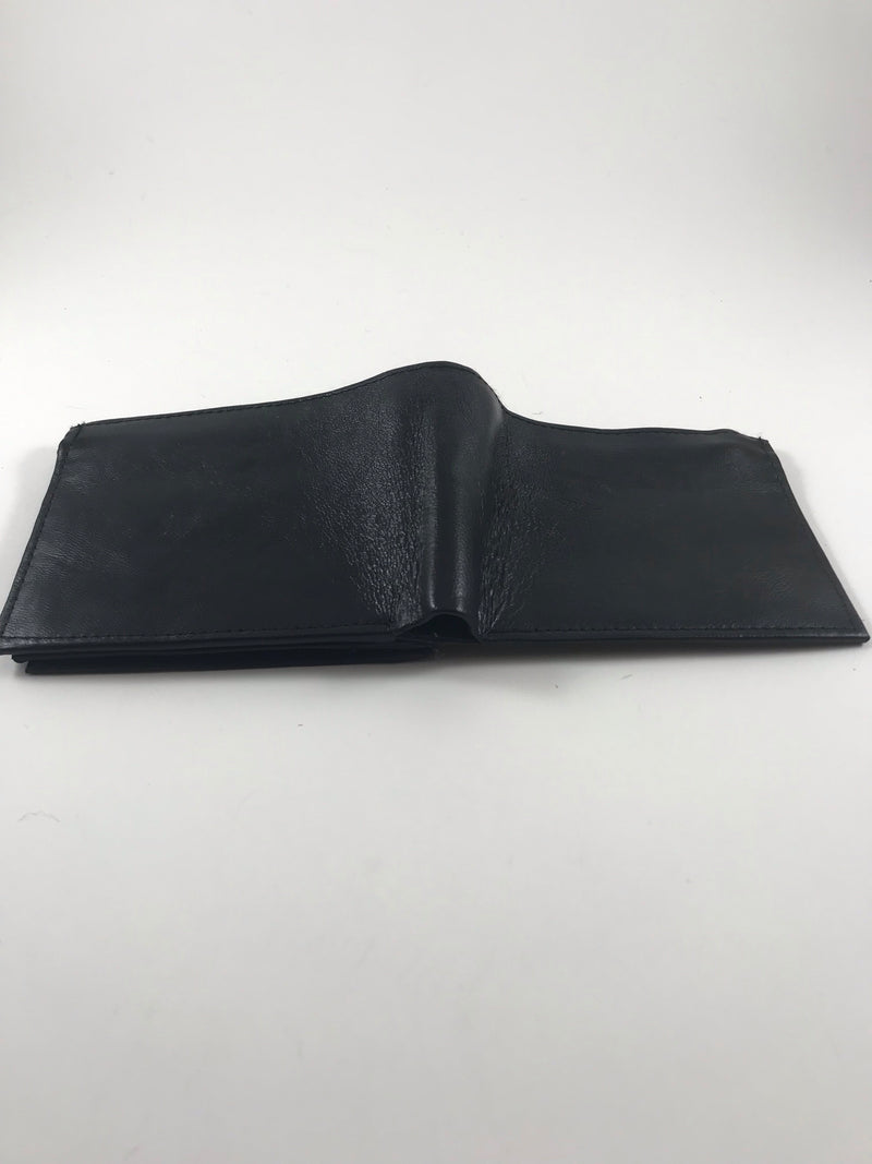 Thin genuine leather wallet