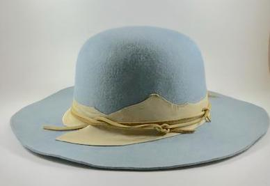 Lilliput wide-brim Bowler in Blue beaverfelt L033