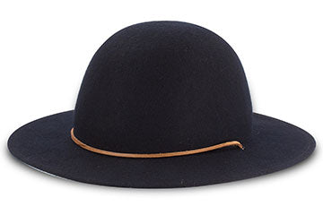 Mountain Hat by Tilley