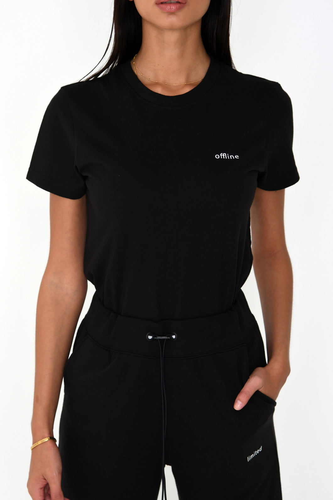 NIGHT ADDICT WOMENS BLACK FITTED 'OFFLINE' TEE FRONT