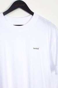 NIGHT ADDICT WHITE LIMITED OVERSIZED T-SHIRT DETAIL