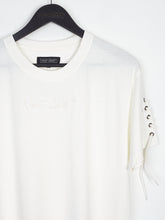 NIGHT ADDICT WHITE LACE SLEEVE TEE DETAIL