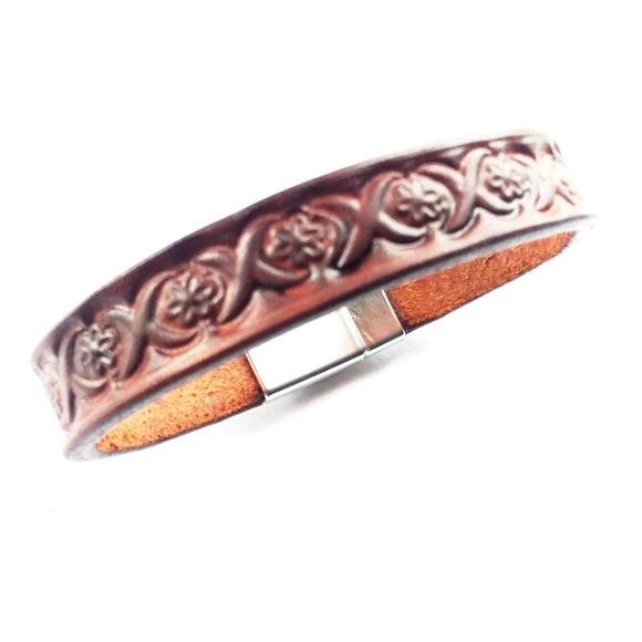 Men & Women Brown Tooled Leather Bracelet - alcobacco-store