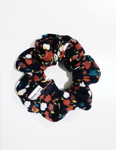 Knotty Gal Scrunchy - Reese - HomespunTrades