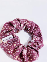 Load image into Gallery viewer, Mauve Florals Knotty Gal Scrunchy - Rachel - HomespunTrades