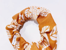Load image into Gallery viewer, Modern Floral Knotty Gal Scrunchy