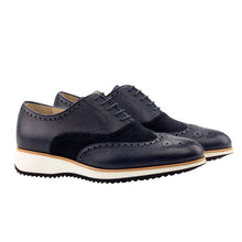 Laden Sie das Bild in den Galerie-Viewer, POL Full Brogue Oxford heeled wedge running sole